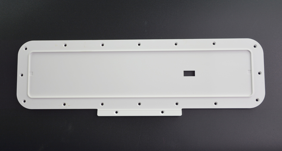 LED灯盖板注塑模具